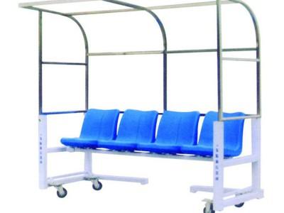 足球场地器材:足球防护棚 裁判席 运动员替补席 场地遮阳防护棚